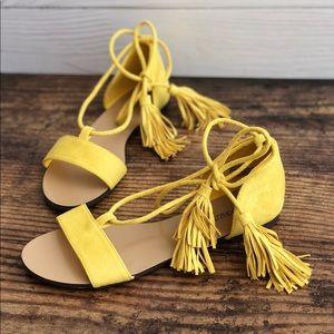 Just Fab Parisa Sandals Yellow Size 7 NWOT